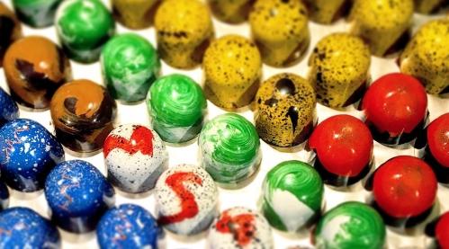 Chokladpraliner som är växtbaserade. Foto: Mykola Bondarenko